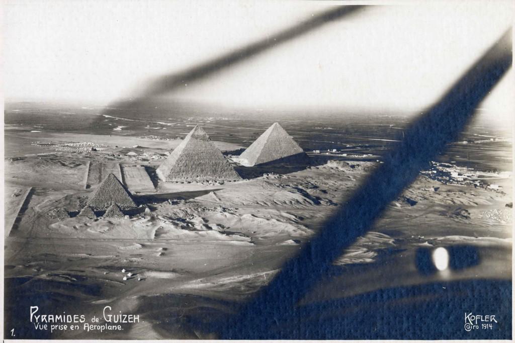 Ripresa aerea delle piramidi di Giza