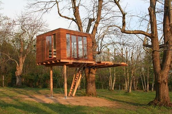 La case sugli alberi dello studio baumraum for Kit per costruire casa sull albero
