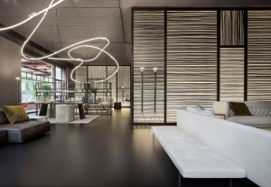 living-divani-velasca-installazione-neon_oggetto_editoriale_h495