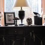 Mobile living e decorazioni gotiche