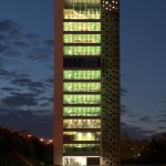 Vincitore Gran Premio 2013, Xaveer De Geyter Architects, Elishout Kitchen Tower Campus, photo Frans Parthesius