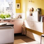 Cucina pareti gialle