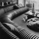 """Divano Serpentone Arflex """"Il """"Serpentone"""" il divano da vendere a metri … dissacrando la sua immagine comune nelle case"""""""