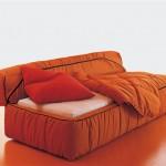 """Divano letto Strips, Arflex, """"da fare e rifare con una sola cerniera… il letto dovrebbe offrire riposo e non fatica"""""""